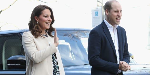 Londra, nato il terzo figlio di William e Kate: è maschio