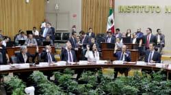 Partidos acusan al INE de