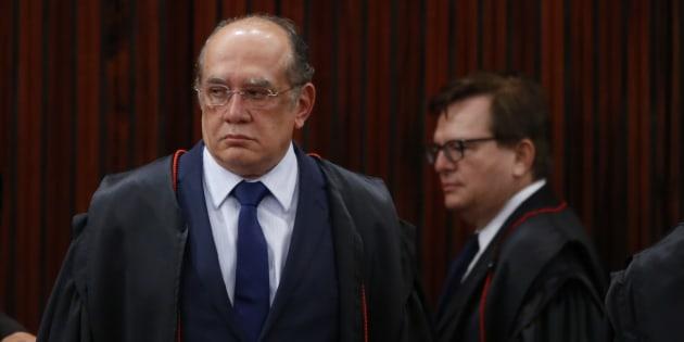"""O juiz dos políticos duelou com o """"bem vencido"""", de acordo com articulista."""