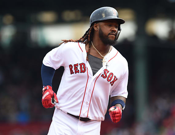Report: Ex-Red Sox slugger eyed in drug ring probe