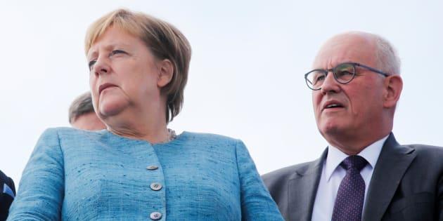 Silurato il fedelissimo della Merkel: la Cdu elegge un nuovo