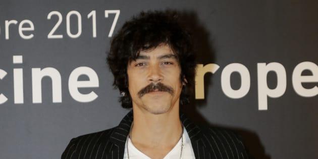 El actor Óscar Jaenada, durante la promoción de la película 'Oro' en el festival del cine europeo de Sevilla el 7 de noviembre de 2017.