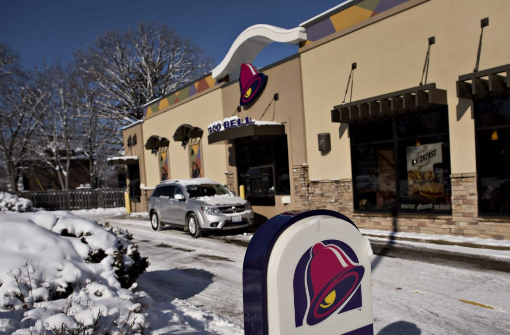 Taco Bell Is Ditching The Drive Thru And Going Upscale Aol Finance