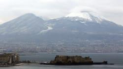 1956-2018. La neve imbianca Napoli dopo 62
