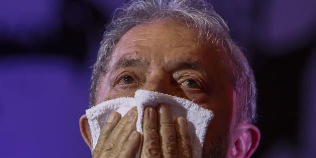 O ex-presidente Luiz Inácio Lula da Silva alega que é perseguido pela Justiça.