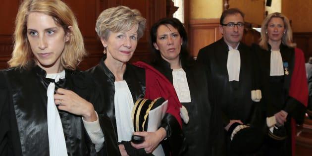Le Parquet National Financier: de gauche à droite, la magistrate Ariane Amson (aujourd'hui conseillère justice de François Hollande), la procureur Eliane Houlette, les vice-procureurs Monica d'Onofrio et Patrice Amar, et la procureur Lovisa-Ulrika Delaunay-Weiss, le 3 mars 2014.