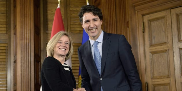 Prime Minister Justin Trudeau and Alberta Premier Rachel Notley (left) shake hands during a meeting on Parliament Hill, Tuesday, Nov. 29, 2016 in Ottawa. THE CANADIAN PRESS/Justin Tang