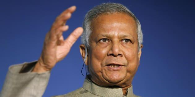 """Macron """"doit bouleverser le système motivé par l'égoïsme"""", la question qui fâche du HuffPost à Muhammad Yunus, prix Nobel de la paix."""