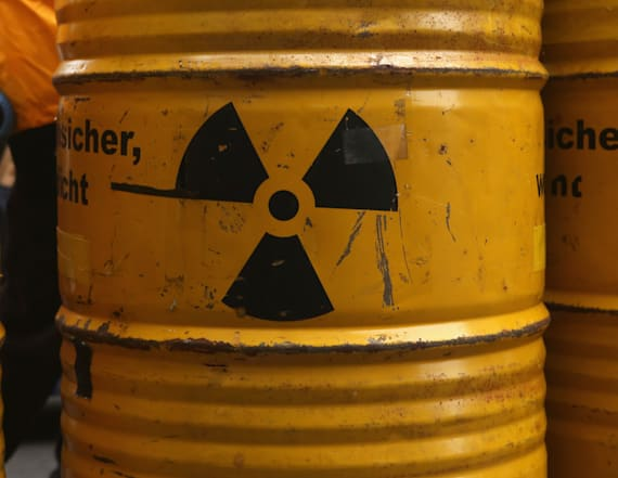 Nuclear strategists call for bold move