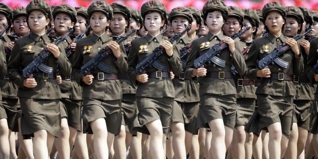 Image result for corea del norte mujeres militares