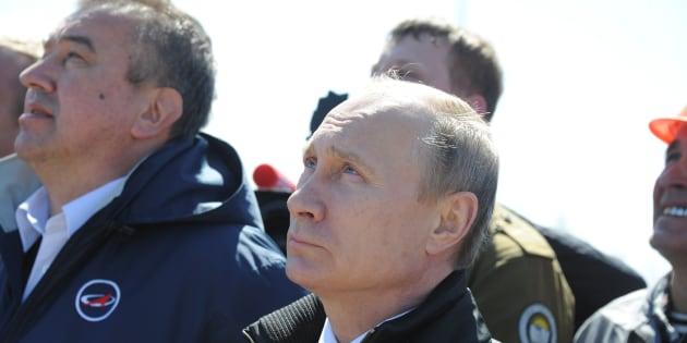 Poutine veut trouver de l'eau sur la Lune et aller sur Mars en 2019