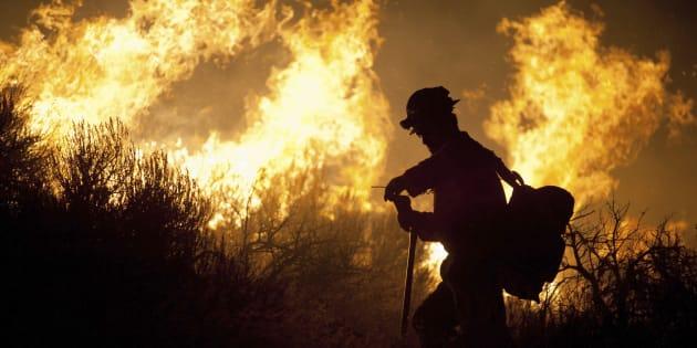 Contre les incendies géant, va-t-on devoir combattre le feu par le feu ?