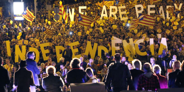Des centaines de maires de Catalogne risquent l'arrestation.