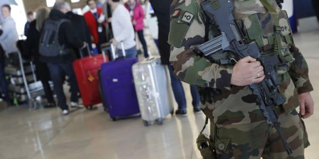 Une intrusion force l'évacuation de 2000 personnes à l'aéroport parisien de Roissy