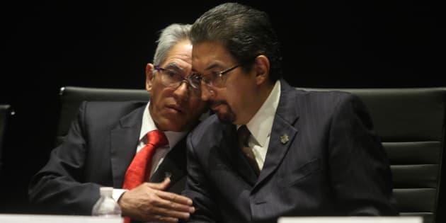 Salvador Jara Guerrero y Medardo Serna.
