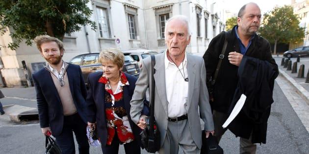 Les époux Le Guennec arrivant à la cour d'appel d'Aix-en-Provence le 31 octobre 2016.