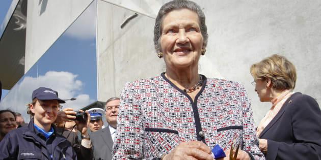 """Une """"cérémonie d'obsèques officielles"""" en hommage à Simone Veil sera organisée aux Invalides."""