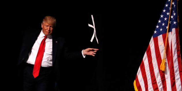 Donald Trump completa cem dias na Casa Branca.