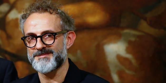 """Le chef italien Massimo Bottura veut ouvrir à Paris un """"réfectoire"""" pour les démunis"""