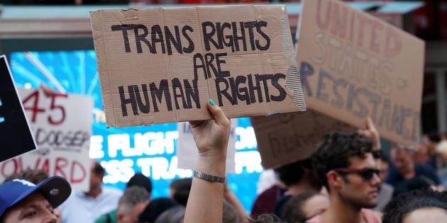 Protesta en Times Square, Nueva York, contra el veto de Trump a los transexuales en el Ejército, el pasado 26 de julio.