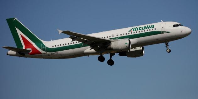 Alitalia: a gennaio è la compagnia più puntuale del mondo