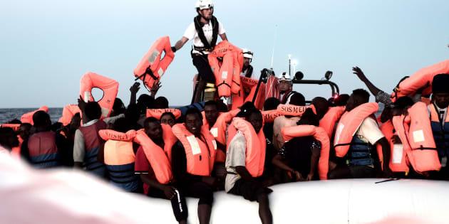 Migrantes rescatados por 'Aquarius' en el Mediterráneo (junio 2018)