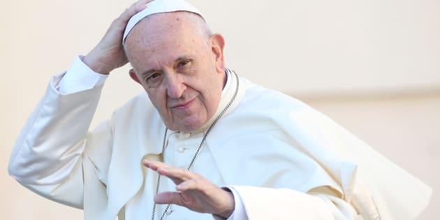 Papa Francesco è tornato. Un pò del suo coraggio per approvare il Biotestamento