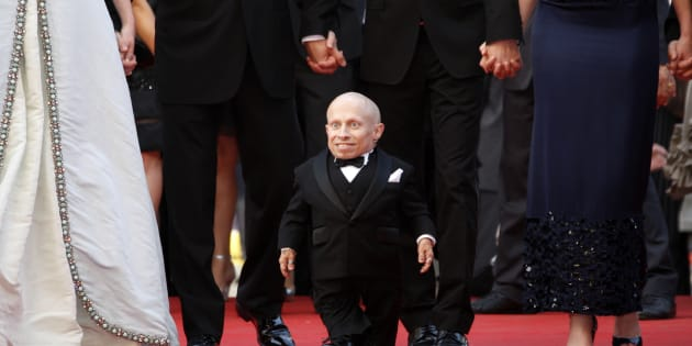 """Cast member Verne Troyer arrives for the screening of the film """"The Imaginarium of Doctor Parnassus"""" out of competition at the 62nd Cannes Film Festival May 22, 2009. Twenty films compete for the prestigious Palme d'Or which will be awarded on May 24.  REUTERS/Vincent Kessler (FRANCE ENTERTAINMENT)"""