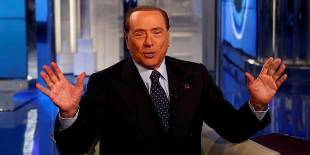 Berlusconi, pensione a tutte le mamme