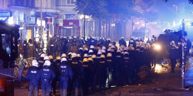 """G20: """"À Hambourg, la presse n'est plus en sécurité"""", s'alarme un journaliste pris à parti par les forces de l'ordre"""