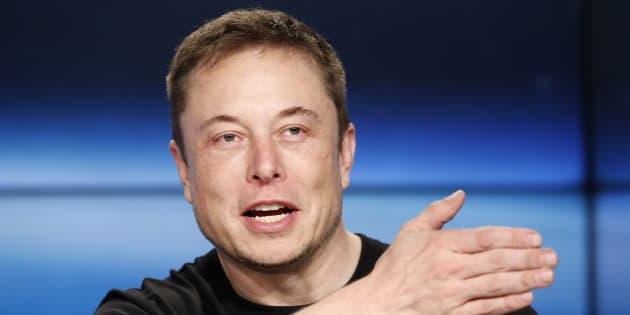 Elon Musk annonce que Tesla restera (finalement) cotée en Bourse.