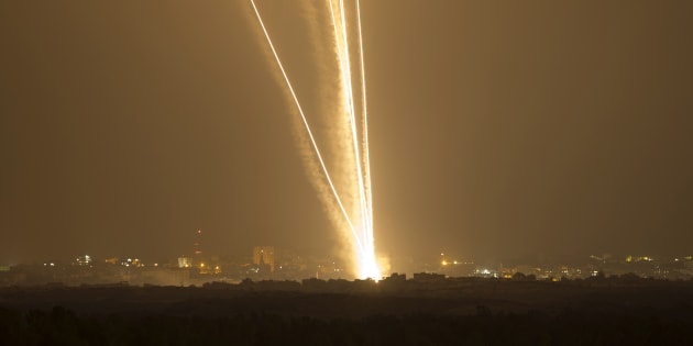 Gaza, fuoco incrociato tra Hamas e Israele