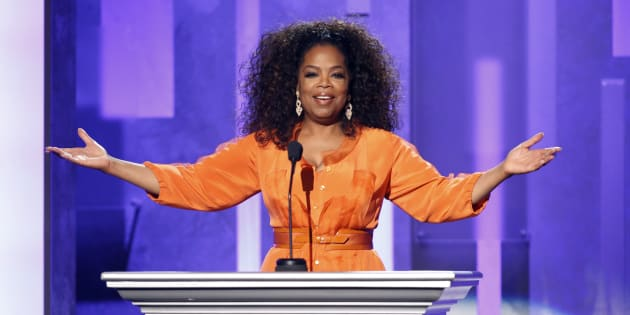 Oprah Winfrey speaks on stage during a tribute to Nelson Mandela at the 45th NAACP Image Awards in Pasadena, California February 22, 2014.    REUTERS/Danny Moloshok (UNITED STATES  - Tags: ENTERTAINMENT)