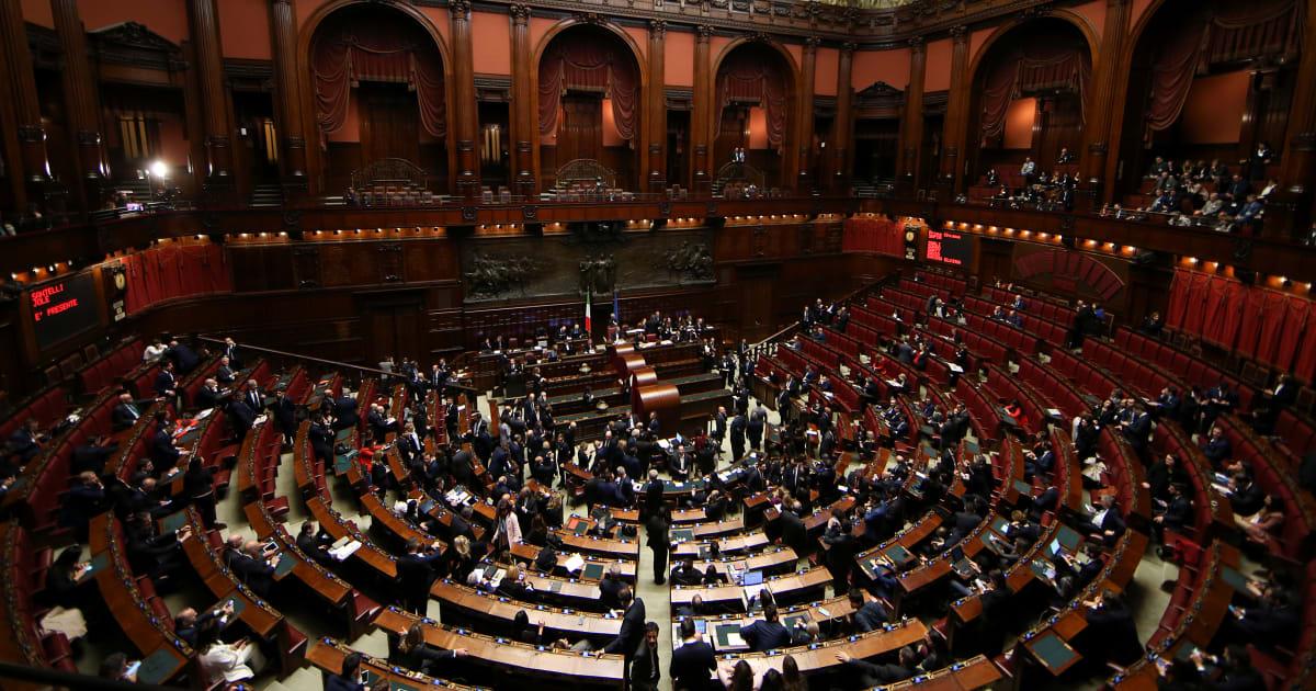 Centro e cattolici, nessuna chiusura: serve un partito laico