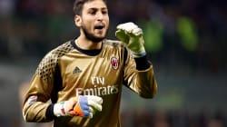 Donnarumma torna da Ibiza e firma col Milan fino al 2021. Prenderà 6 milioni a stagione (e sistema anche il