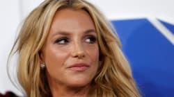 Britney Spears se moque d'un fan en plein
