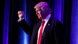 """Carrera de Trump a la presidencia se """"lleva de corbata"""" a las"""