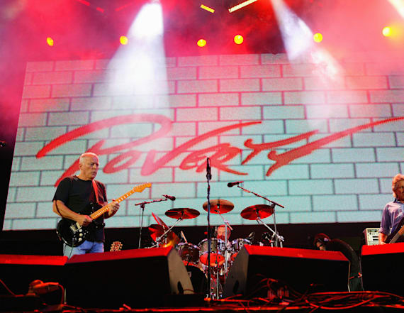 Cops bust middle-aged Pink Floyd 'corona party'