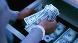 Quitar celulares a cajeros bancarios; la nueva idea para combatir