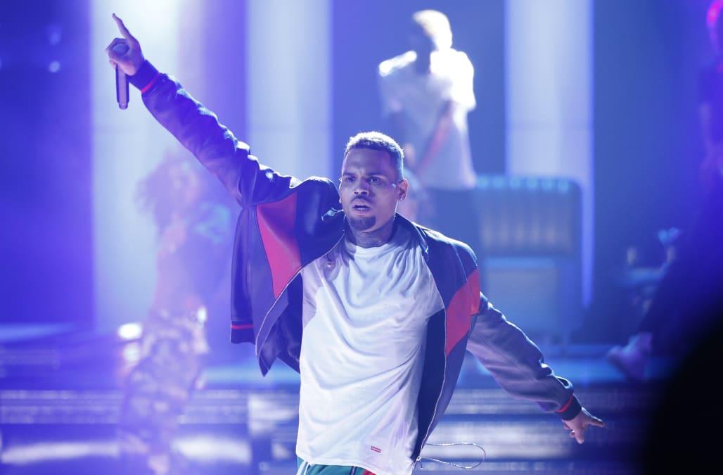 Chris Brown suing rape accuser for defamation - AOL