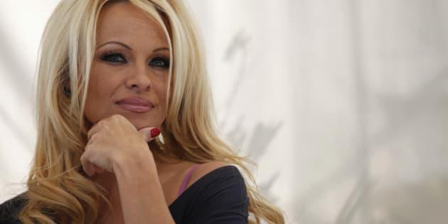 Pamela Anderson en Hollywood en marzo de 2012.