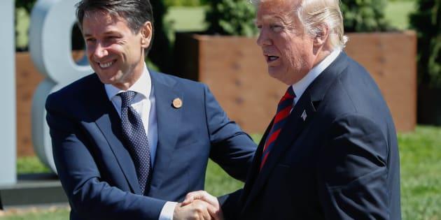 Giuseppe Conte et Donald Trump après la photo de famille du G7 à La Malbaie, au Québec, le 8 juin.