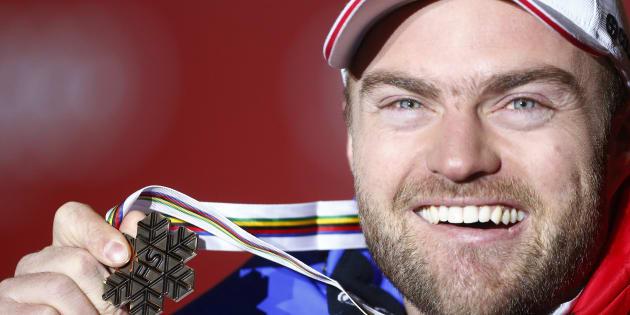 Médaillé de bronze en descente aux Mondiaux 2013, David Poisson est décédé en novembre dernier suite à un accident survenu lors d'un entraînement. Ce 13 février, sa mère, Jeannette, lui rend hommage dans une lettre émouvante.