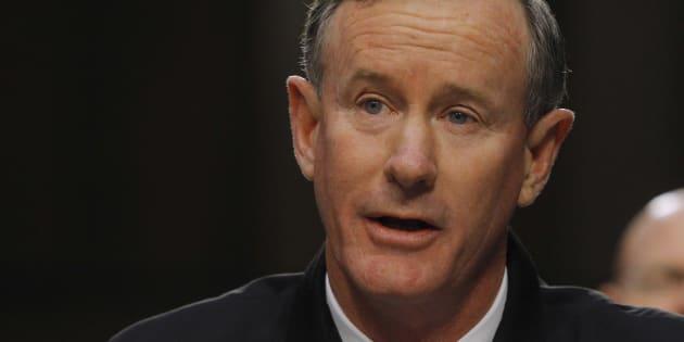 L'amiral qui a supervisé l'opération contre Ben Laden demande à Trump de révoquer son habilitation secret défense.