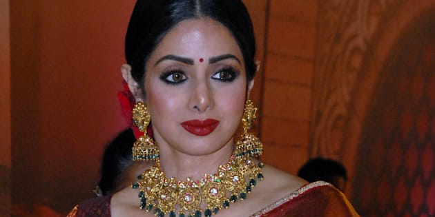 Indian Bollywood actress Sridevi attends the 'Zee Cine Awards 2018' ceremony in Mumbai on December 19, 2017. / AFP PHOTO / Sujit Jaiswal        (Photo credit should read SUJIT JAISWAL/AFP/Getty Images)