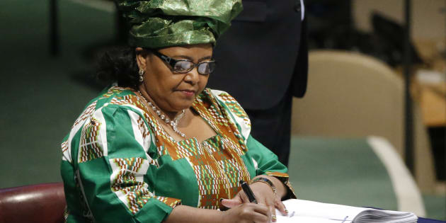 South African Minister of Environmental Affairs Bomo Edna Molewa signs the Paris Agreement on climate change at the United Nations Headquarters in Manhattan, New York, U.S., April 22, 2016.