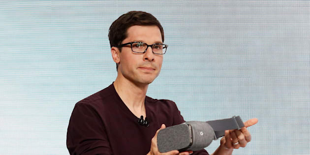 Clay Bavor, VP of Virtual Reality for Google, introduces the Daydream View VR headset during the presentation of new Google hardware in San Francisco, California, U.S. October 4, 2016.   REUTERS/Beck Diefenbach