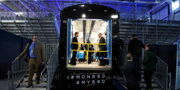 Photo d'archives d'un train Azur qui a été construit par Bombardier.