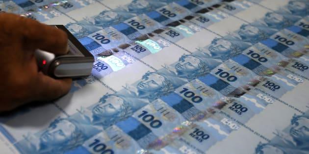 Governo federal anunciou privaatização da Casa da Moeda do Brasil, órgão vinculado ao Ministério da Fazenda que confecciona as notas de real, passaportes brasileiros, selos postais e diplomas.