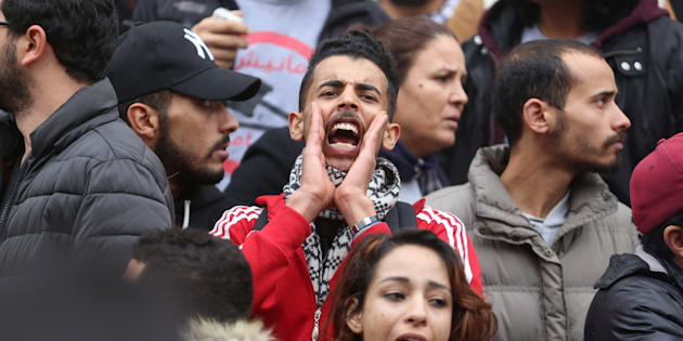 A demonstrating graduate shouts slogans during protests against rising prices and tax increases, in Tunis, Tunisia January 9, 2018. REUTERS/Zoubeir Souissi